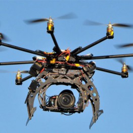 Octocopter_with_camera
